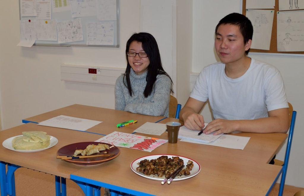 Jsme multikulturní. Kapra a salát v Číně nečekejte! Zeptejte se šéfkuchaře, co se podává...